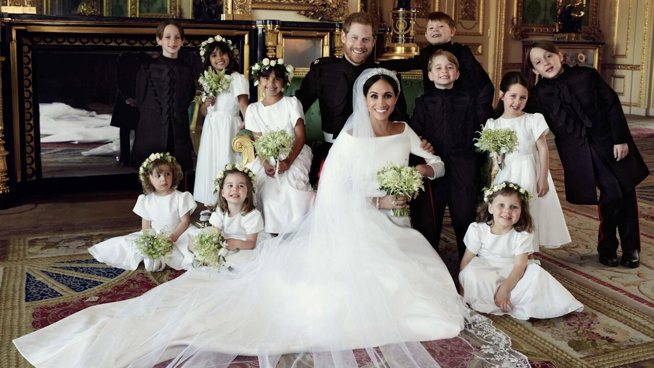 Bild zu Herzogin Meghan: Ist ihr Brautkleid ein Imitat gewesen?