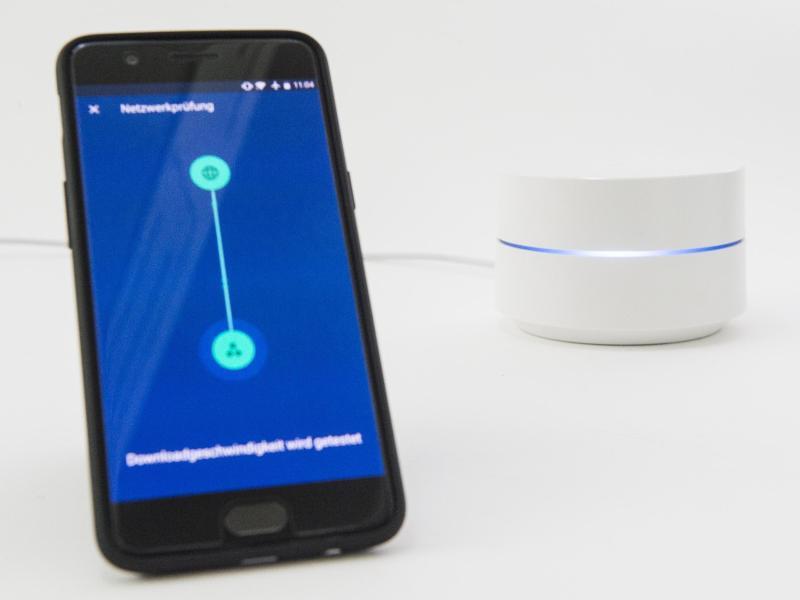 google bringt mesh wlan system google wifi nach deutschland gmx at. Black Bedroom Furniture Sets. Home Design Ideas