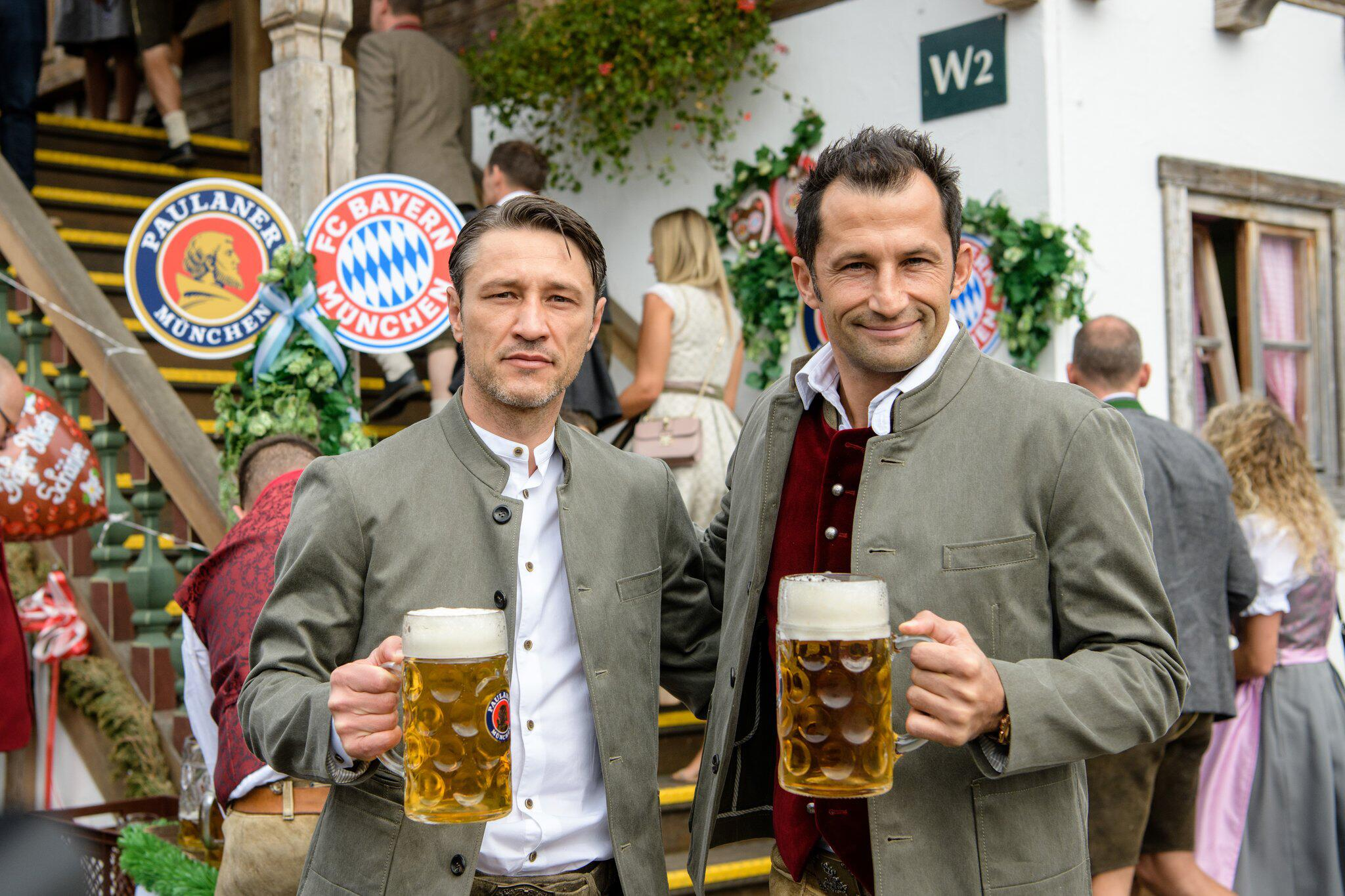 Bild zu Oktoberfest - FC Bayern at the Wiesn
