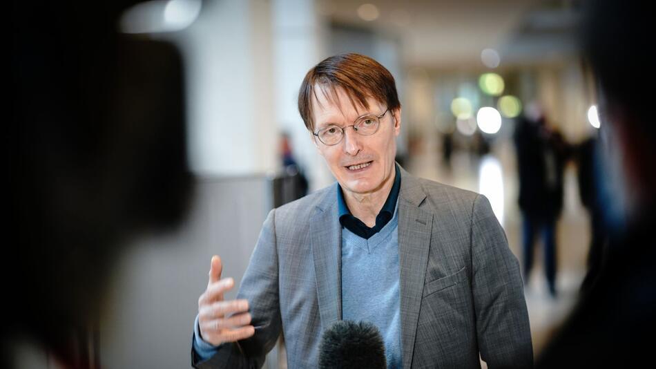 Lauterbach nimmt Flicks Gesprächsangebot an