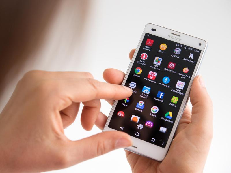 Bild zu Smartphone-Display