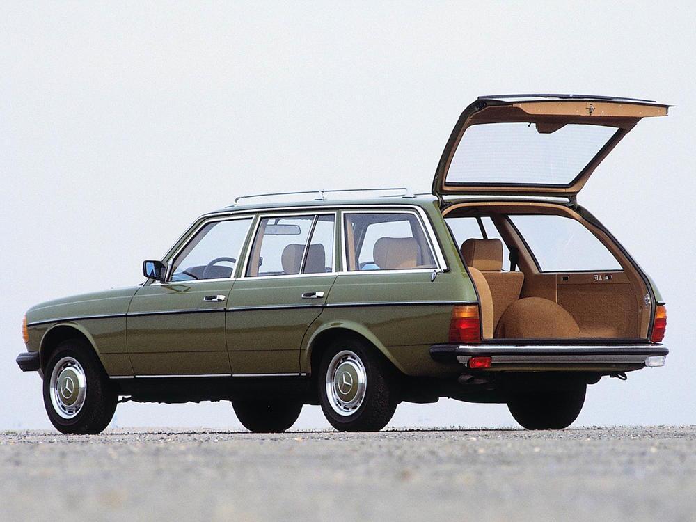Bild zu Mercedes-Benz W 123 T-Modell