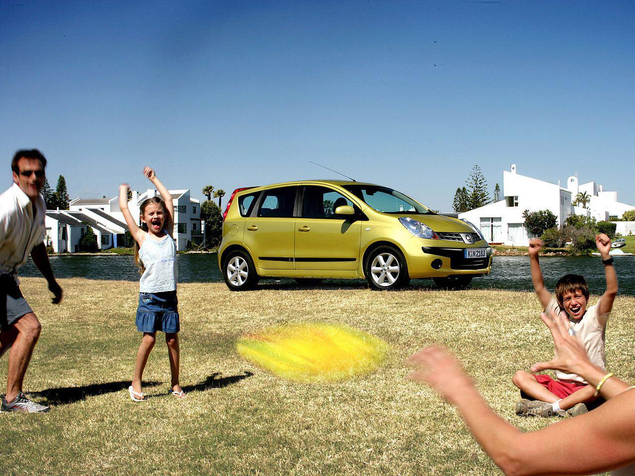 Bild zu Eine Autoreise mit Kindern kann anstregend sein, wenn die Abwechslung fehlt