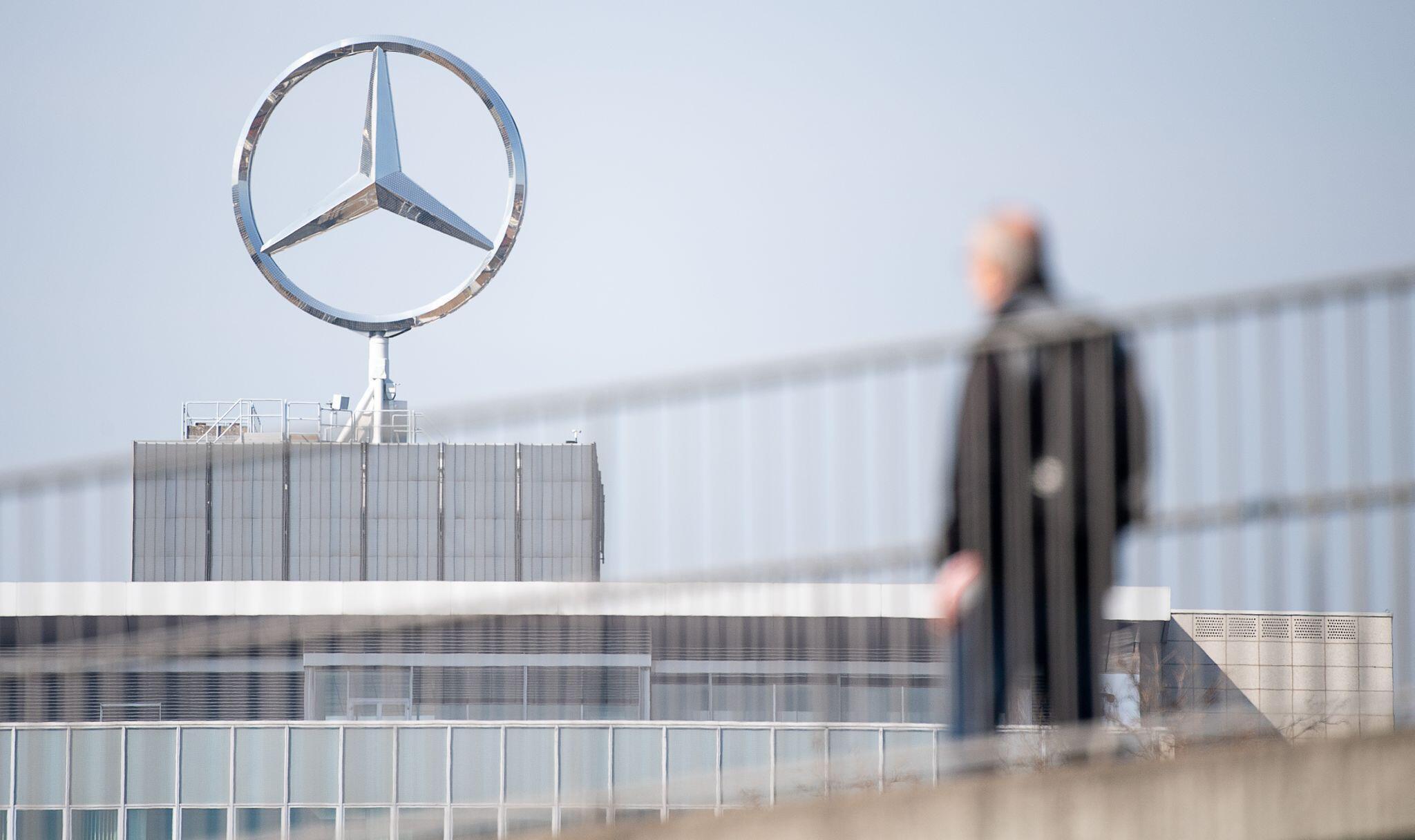 Bild zu Corona-Krise - Daimler verlängert Kurzarbeit bis Ende April