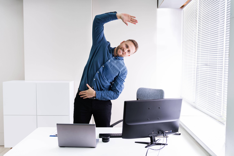 Bild zu Stretching am Arbeitsplatz