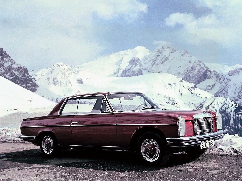 Bild zu Mercedes-Benz 250 CE