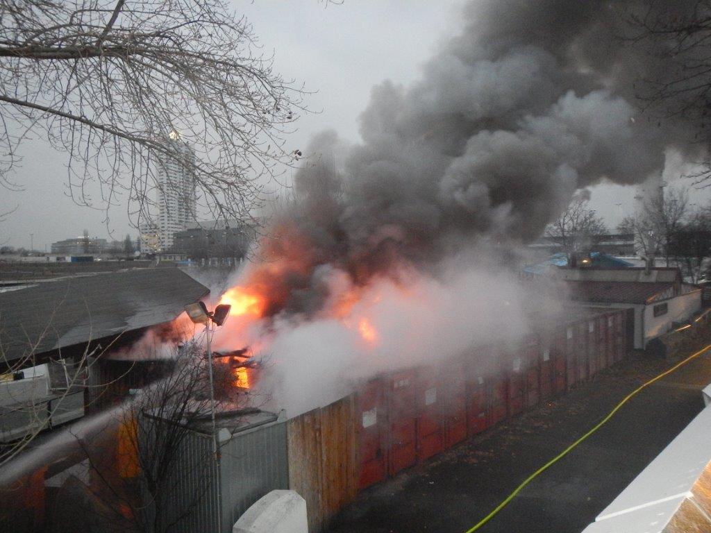 Bild zu Sunken City, Wien, Feuer