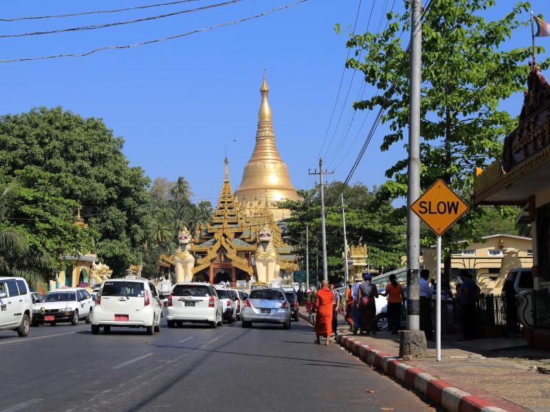 Bild zu Straße in Rangun