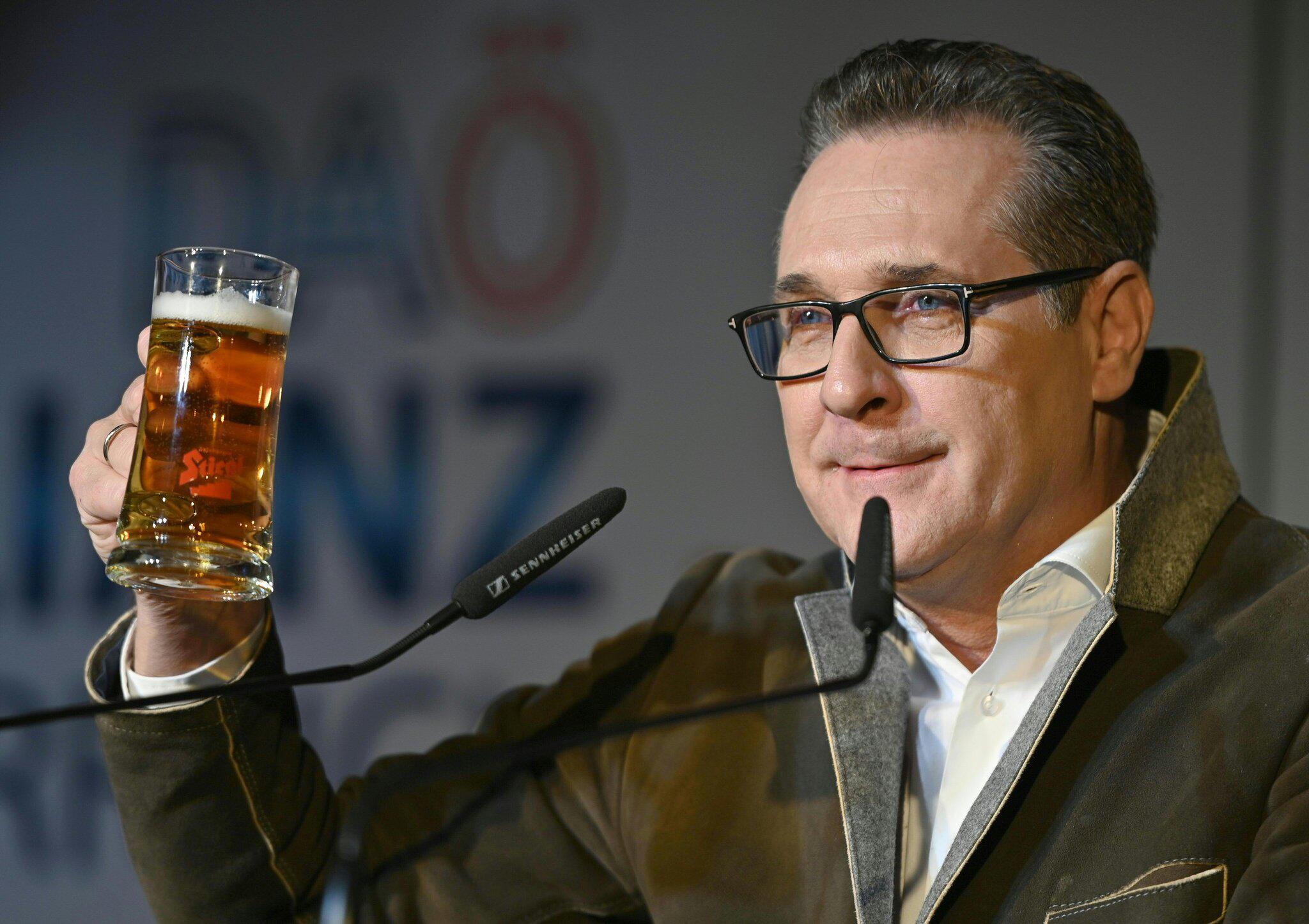 Bild zu Ex-FPÖ-Chef Strache