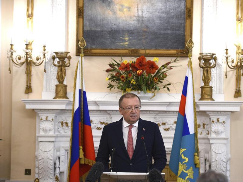 Bild zu Russischer Botschafter
