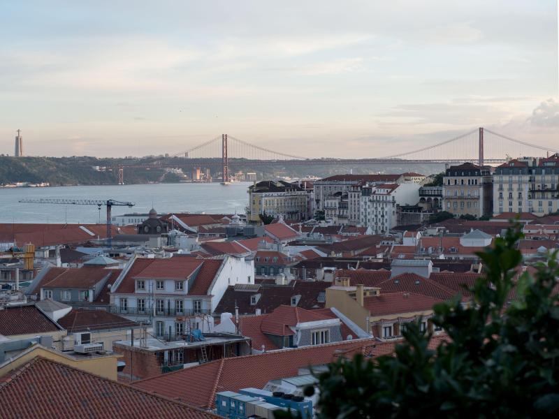 Bild zu Stadtansicht Lissabon