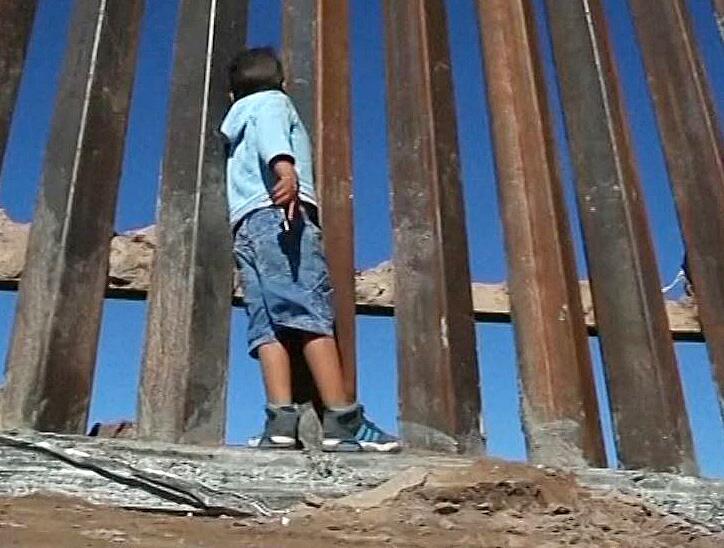 Bild zu Grenzzaun USA-Mexiko