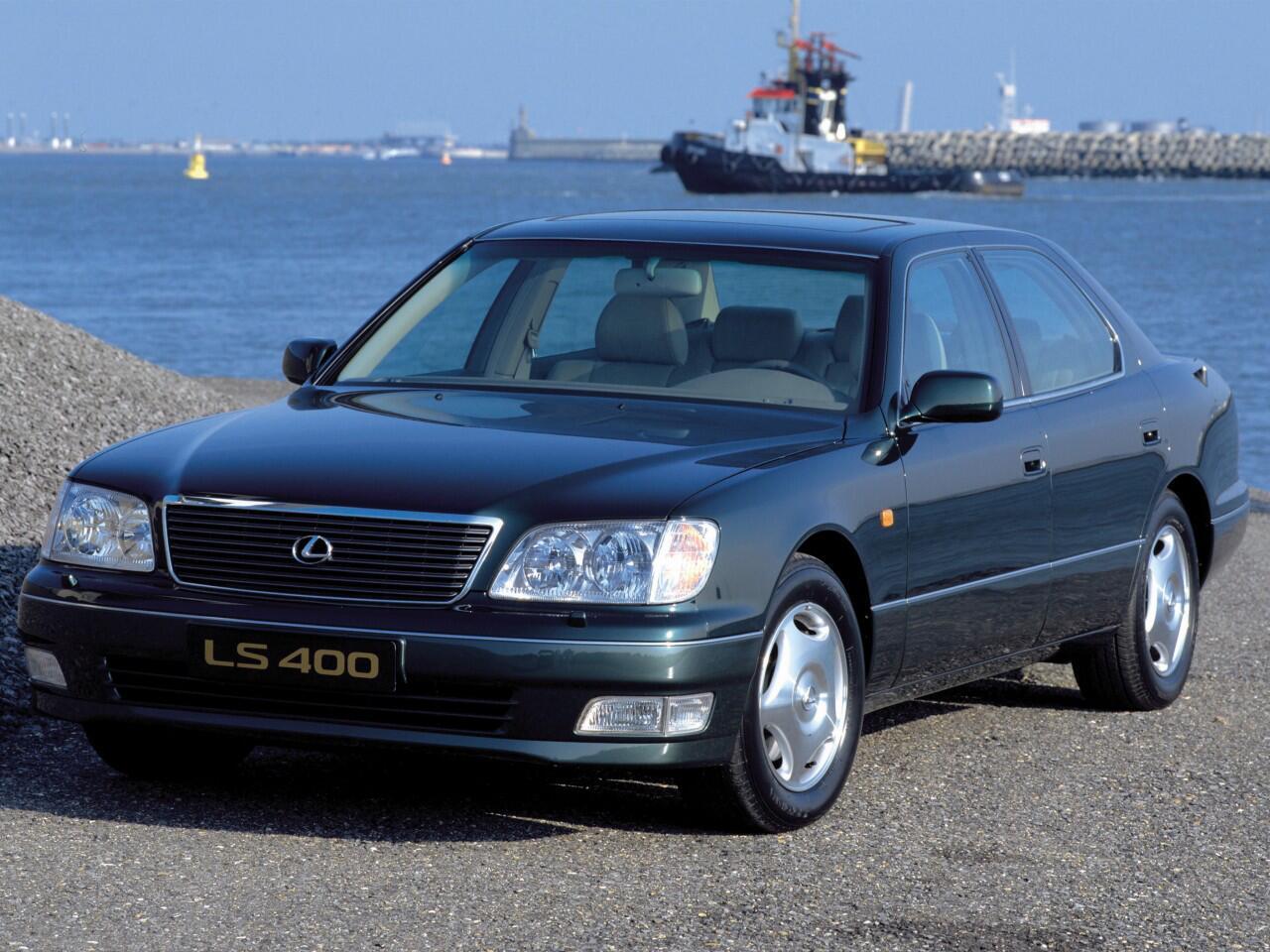 Bild zu Platz 10: Lexus LS 400