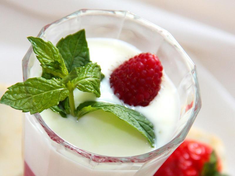Bild zu Joghurt-Dessert