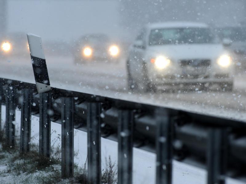Bild zu A 28 bei Wintereinbruch
