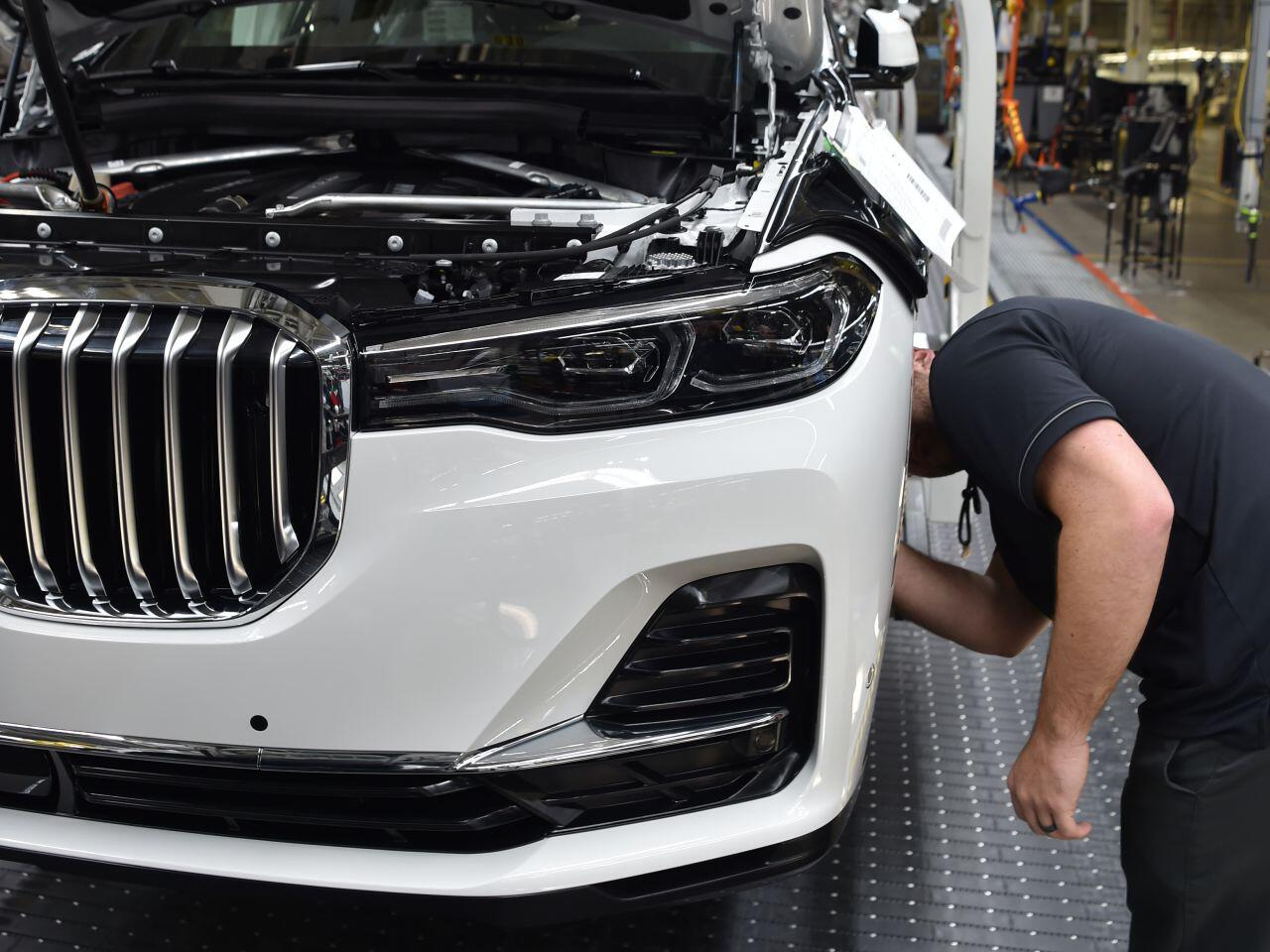 Bild zu BMW X7 Endfertigung