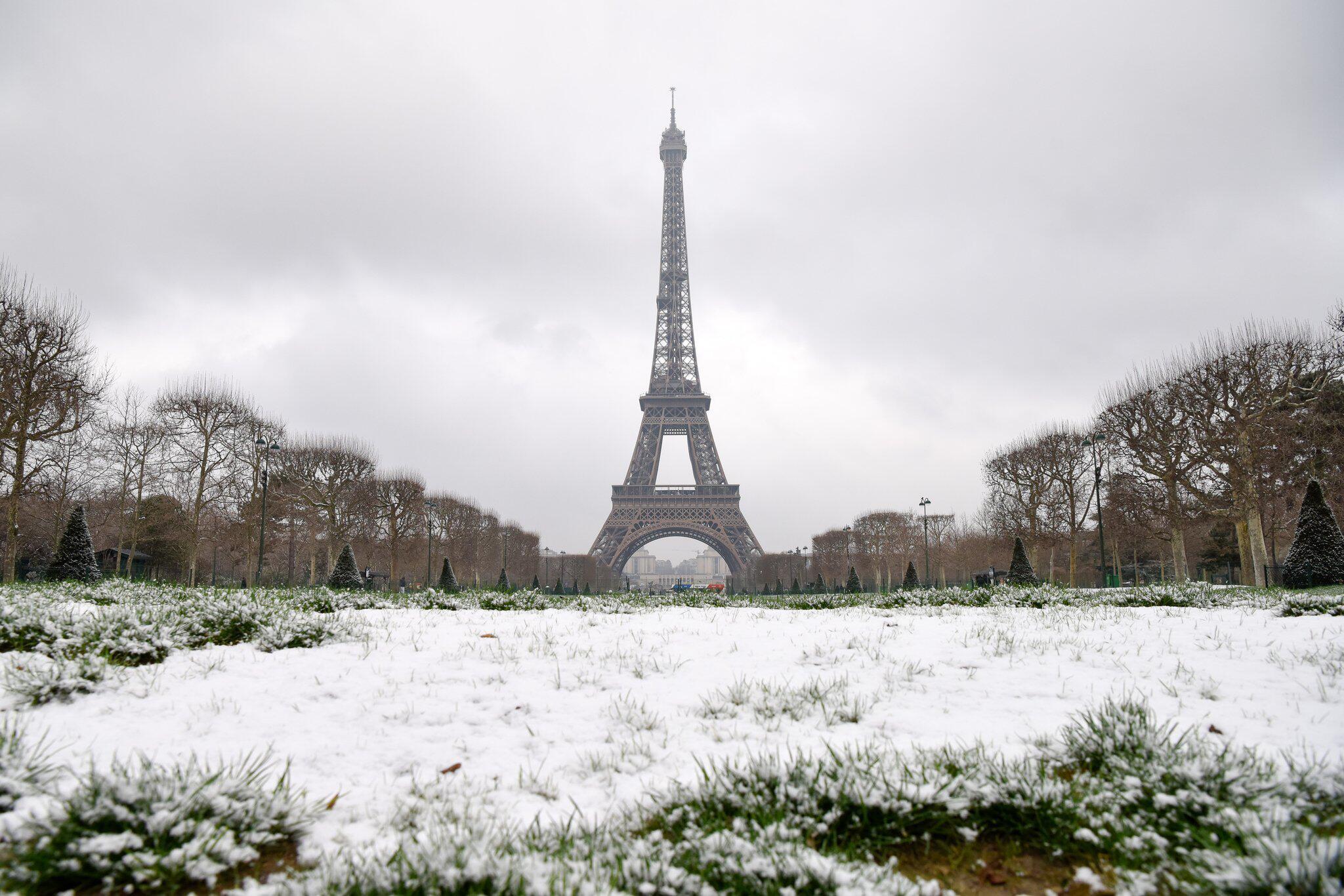 Bild zu Schnee in Paris