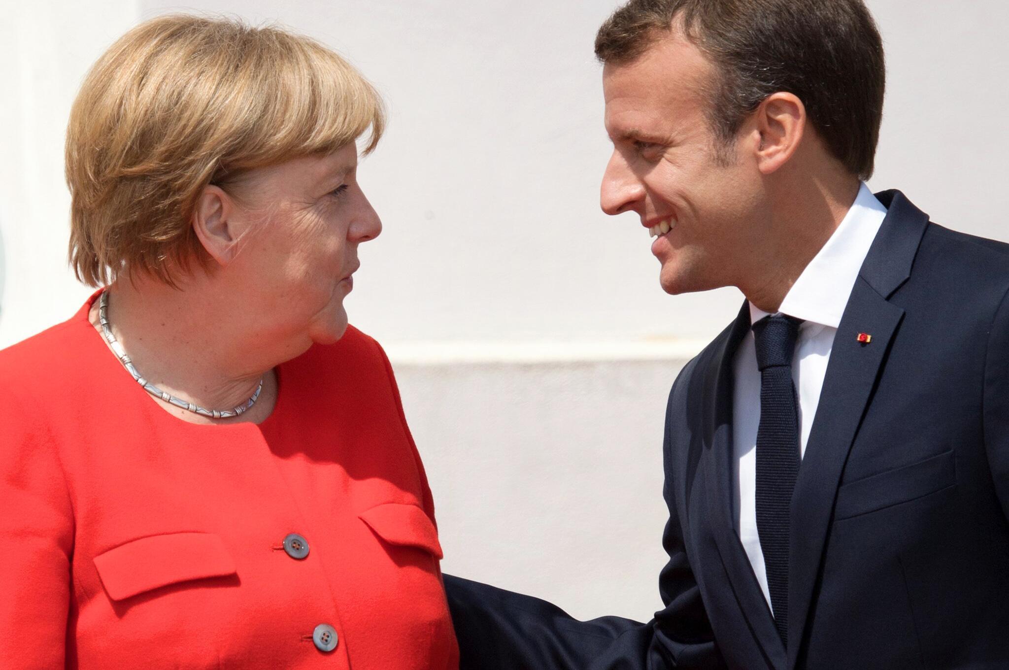 Bild zu Angela Merkel und Emmanuel Macron