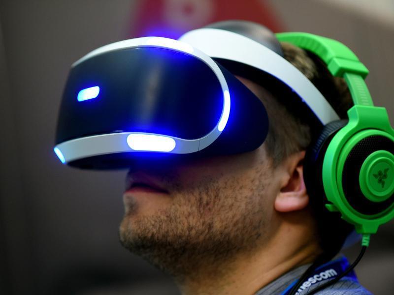 Bild zu Virtual-Reality-Brille