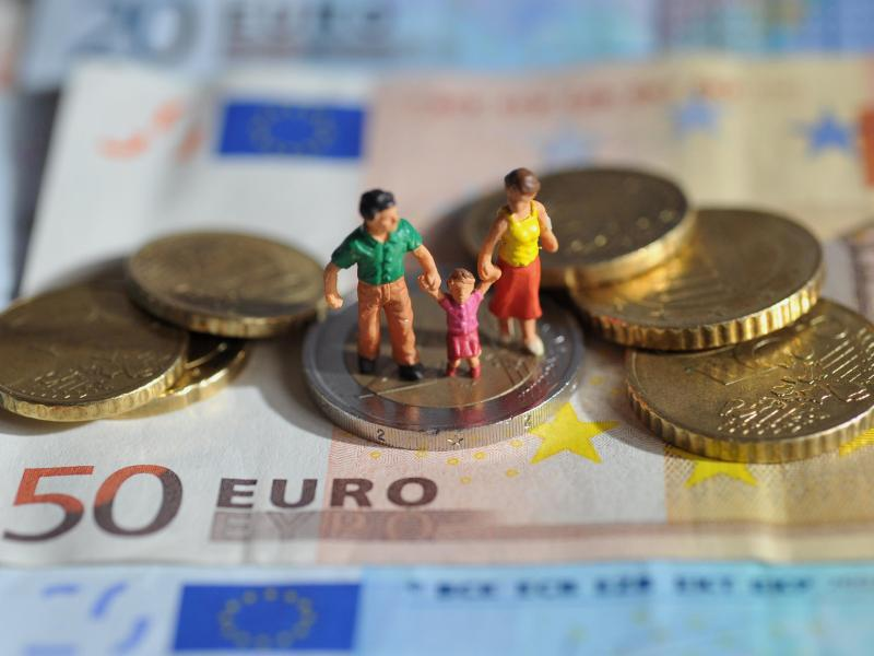 Bild zu Elterngeld
