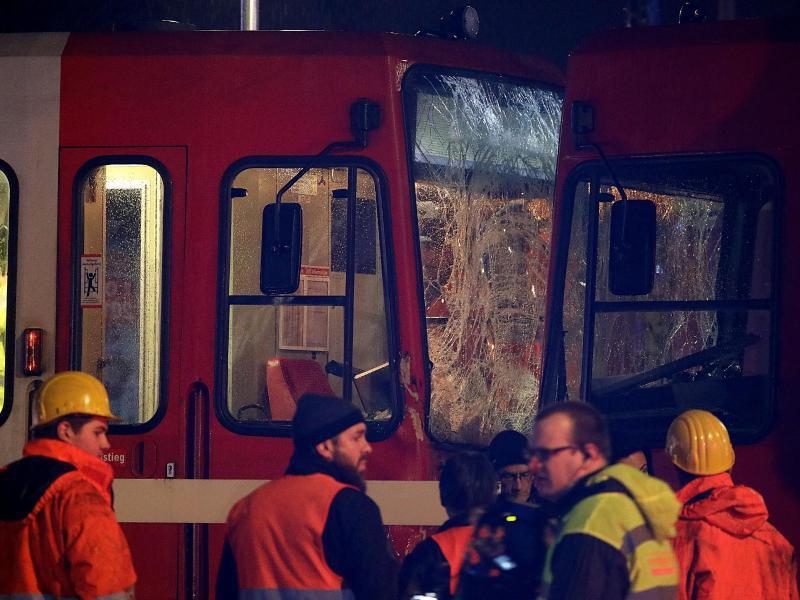 Bild zu Straßenbahnunfall