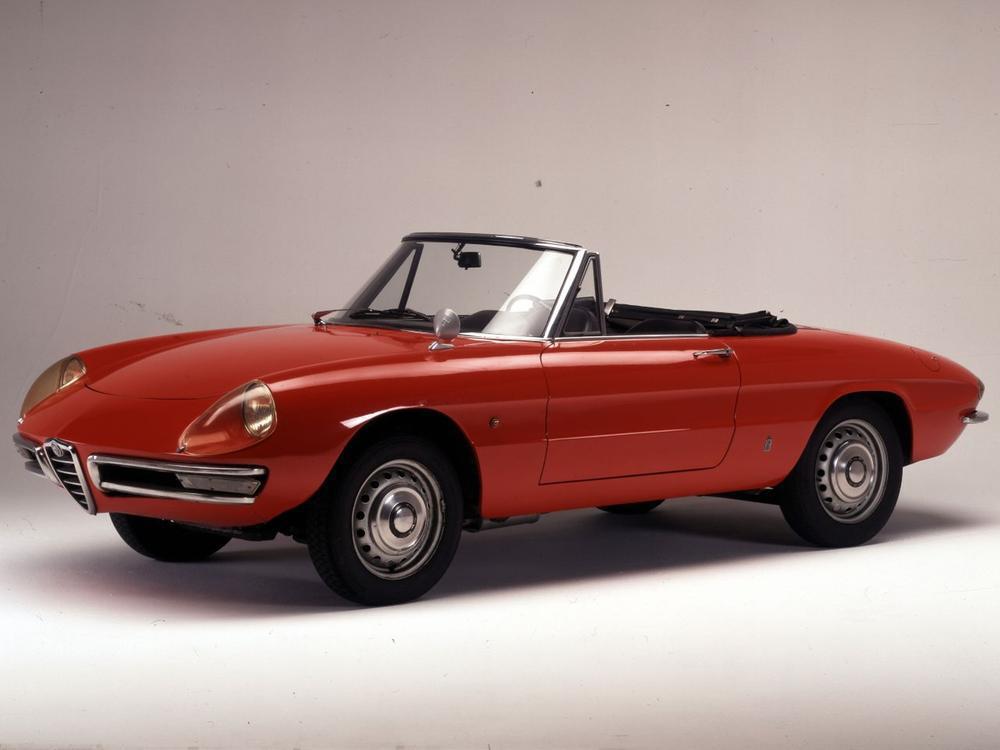 Bild zu Jubiläum einer Cabrio-Ikone: Der Alfa Romeo Spider wird 50 Jahre alt