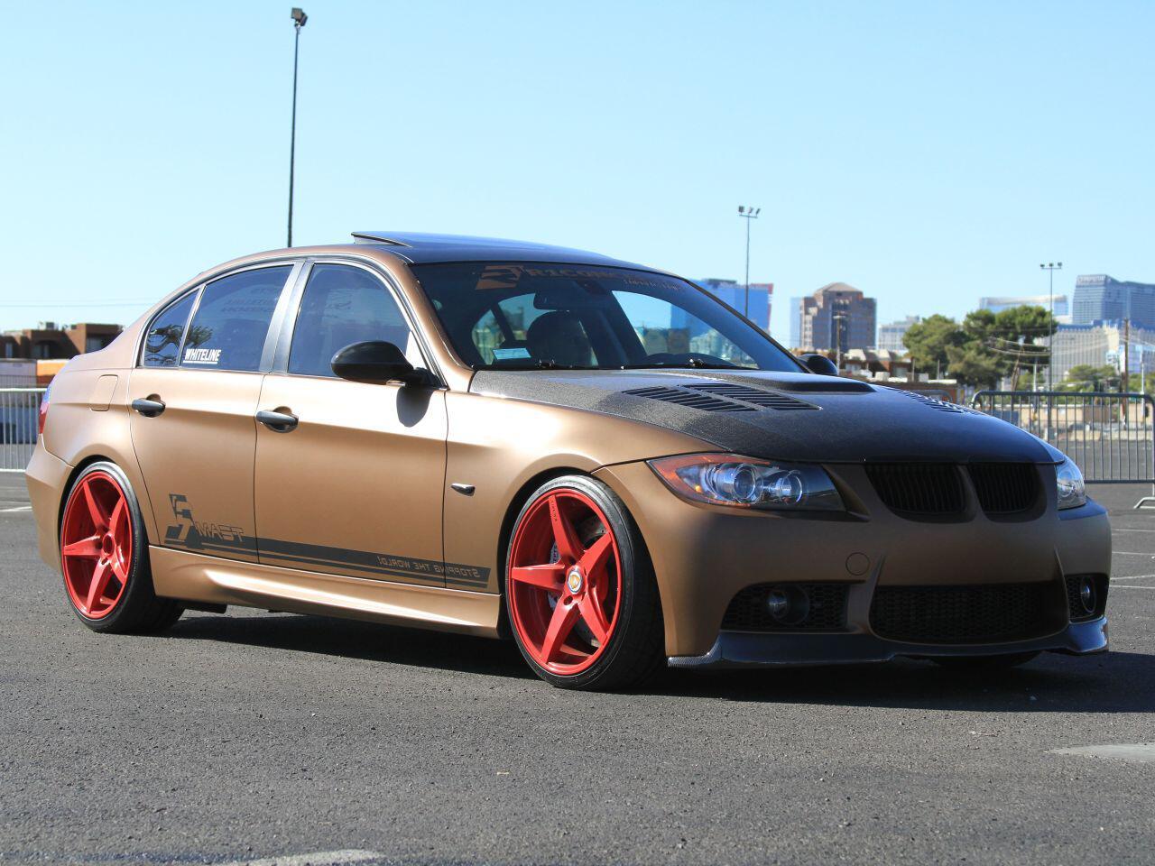 Bild zu Mit diesem BMW 335i von Nutek fällt man auf der Straße garantiert auf