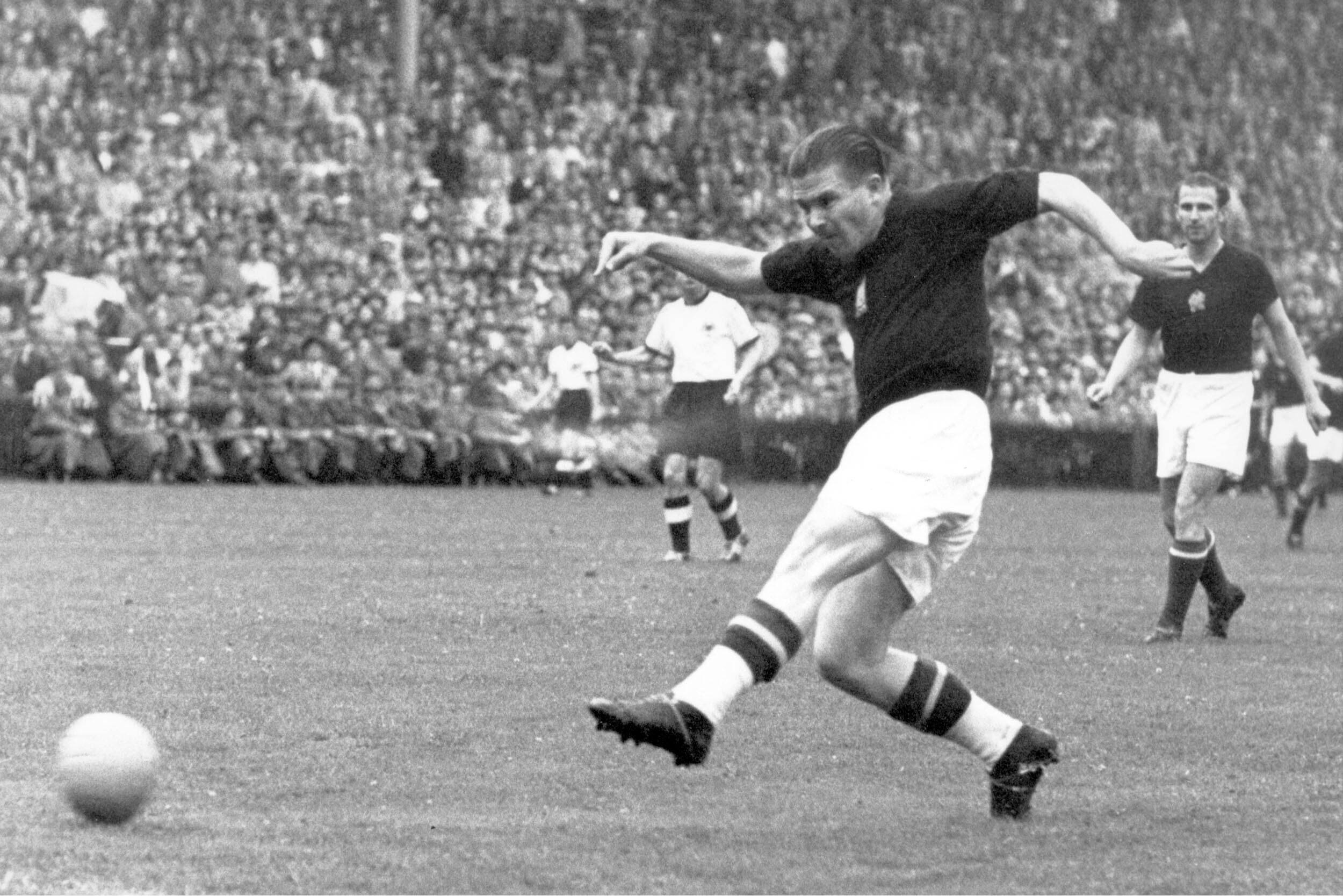 Bild zu WM 1954, Bern, Schweiz, Deutschland, Ungarn, Endspiel, Finale, Bern, Ferenc Puskas