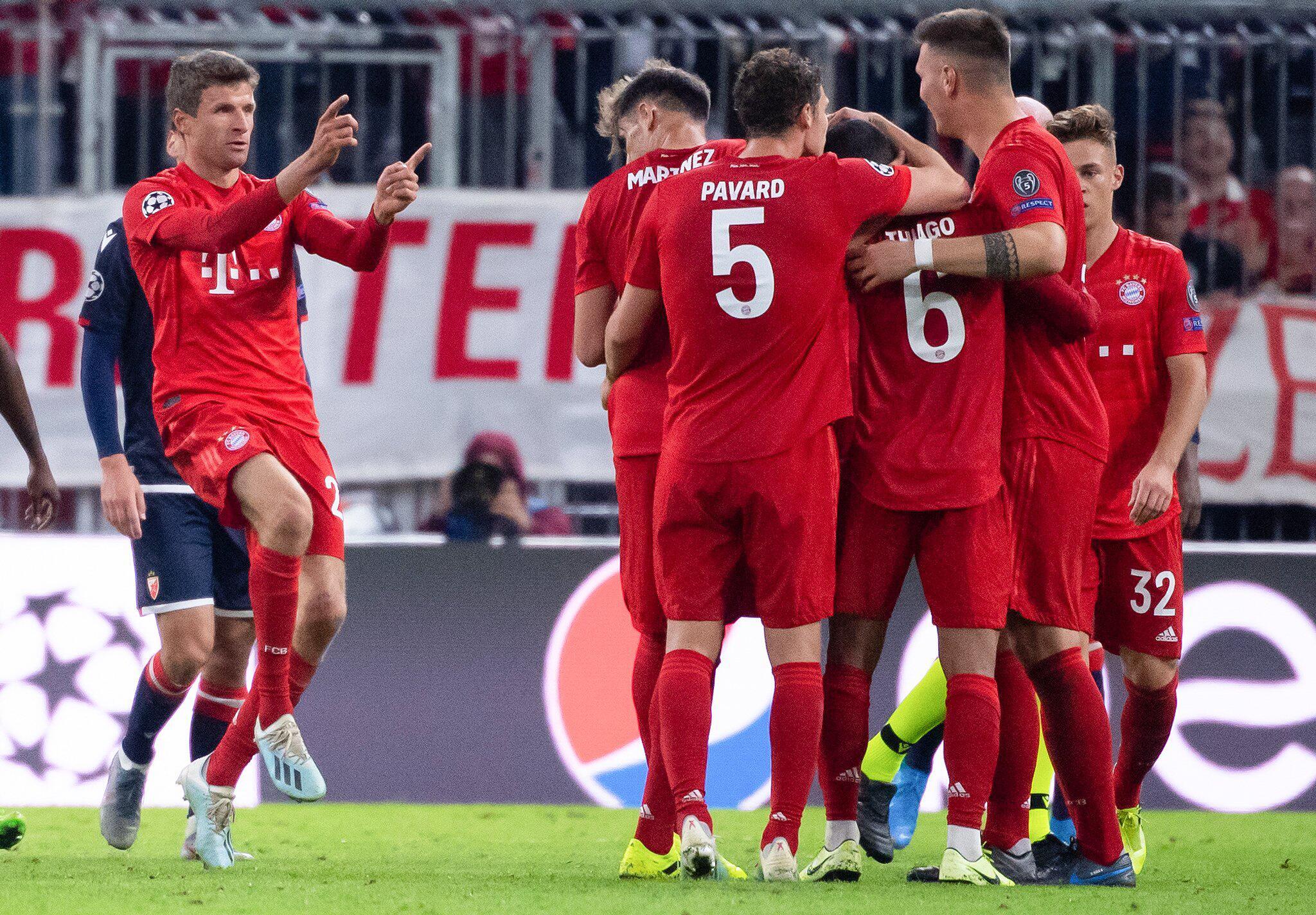 Bild zu Bayern München - Roter Stern Belgrad