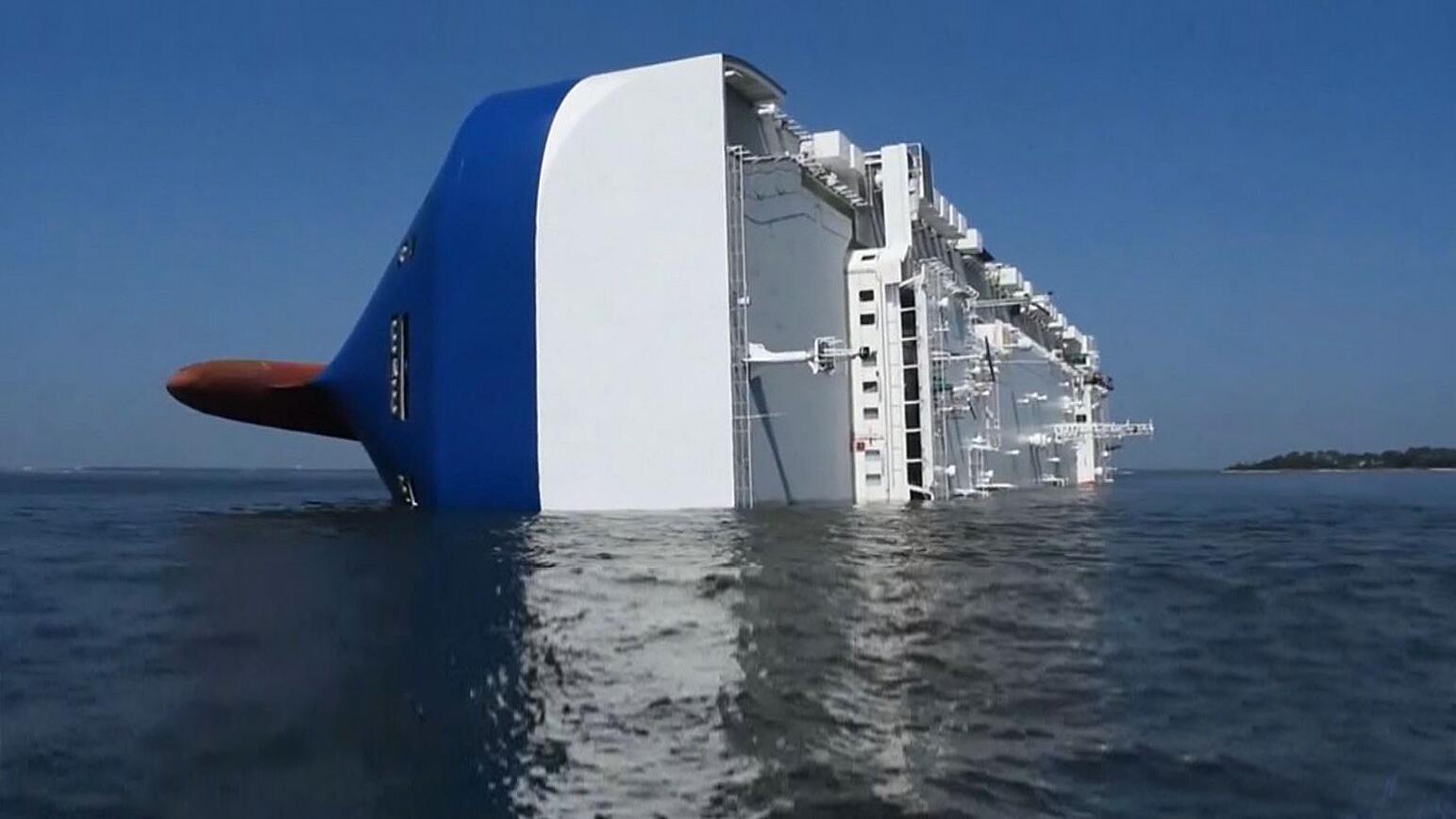 Bild zu Schiff