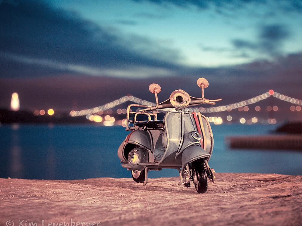 Bild zu Mein Motorroller in Lissabon