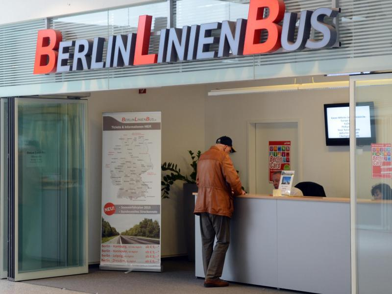 Bild zu Berlin Linien Bus Ticketschalter