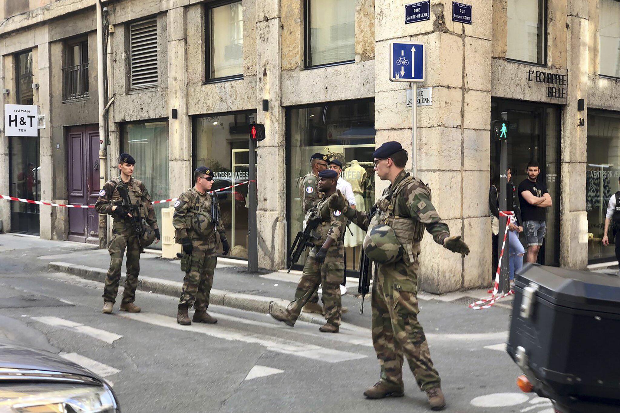 Bild zu Explosion in Lyon