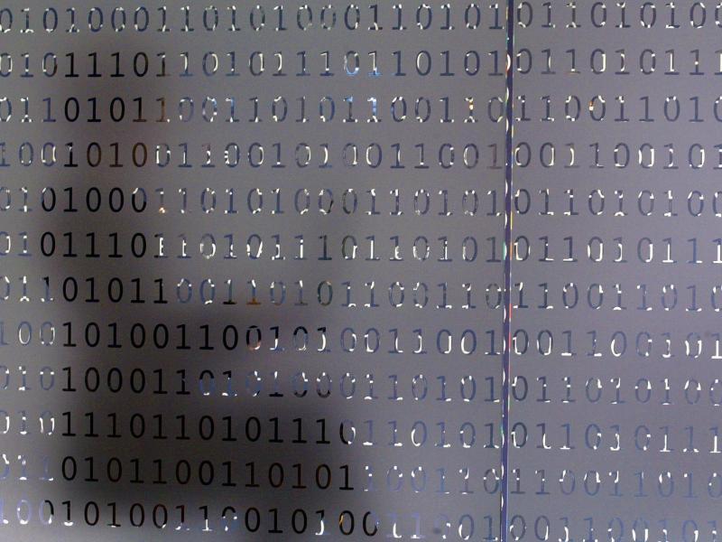 Bild zu Mail-Link startet Schadsoftware-Download