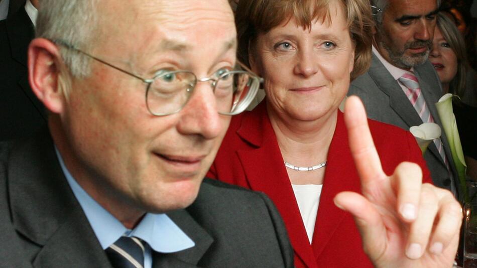 Stefan Aust plant Doku über Bundeskanzlerin Angela Merkel