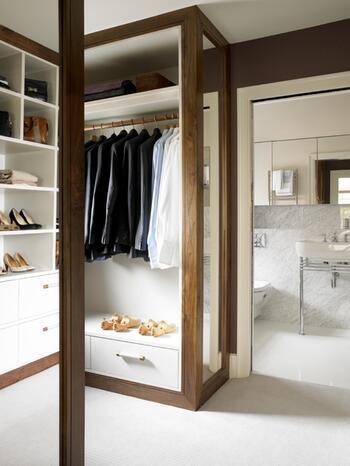 Inspirationen für den eigenen begehbaren Kleiderschrank | GMX.AT