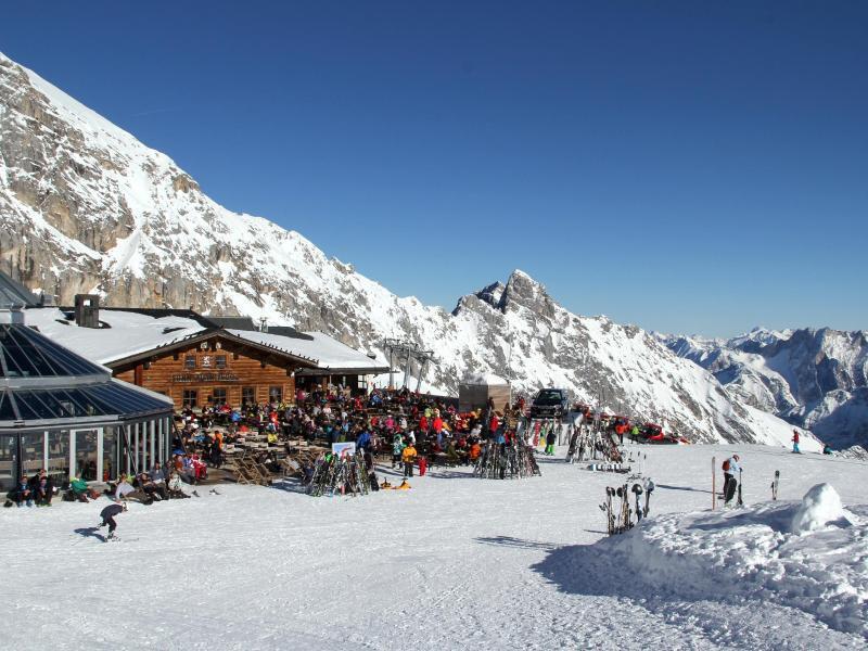 Bild zu Skifahren auf dem Gletscher