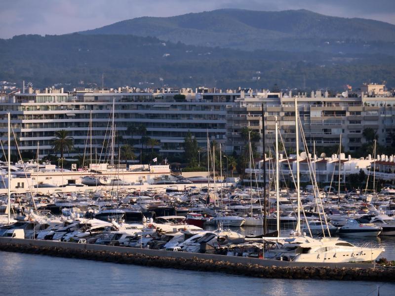 Bild zu Hafen von Ibiza-Stadt