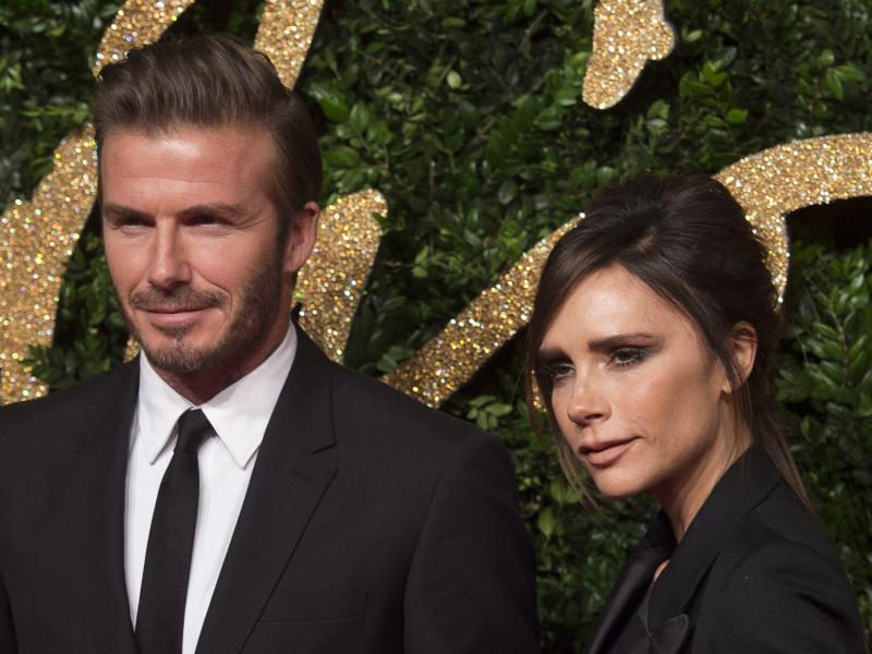 Bild zu Victoria und David Beckham