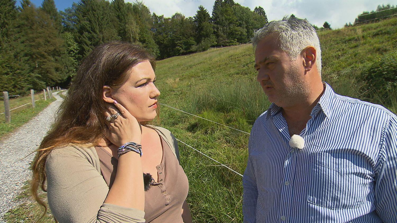 Bild zu Dietmar spricht sich mit Eva aus.