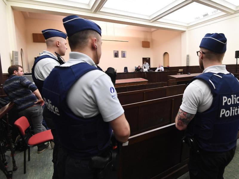 Bild zu Prozess in Brüssel