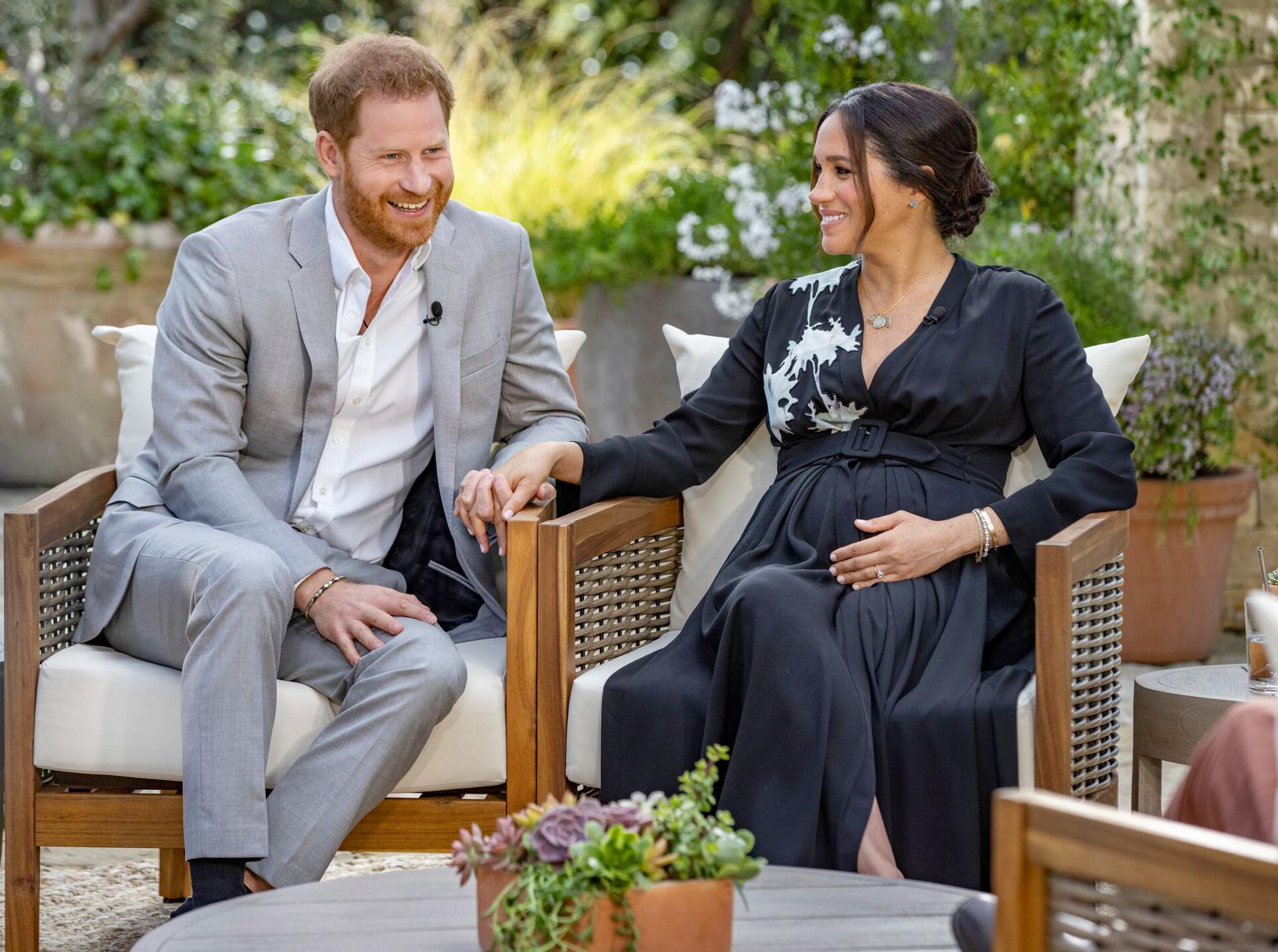 Bild zu Oprah Winfrey interviewt Prinz Harry und Meghan