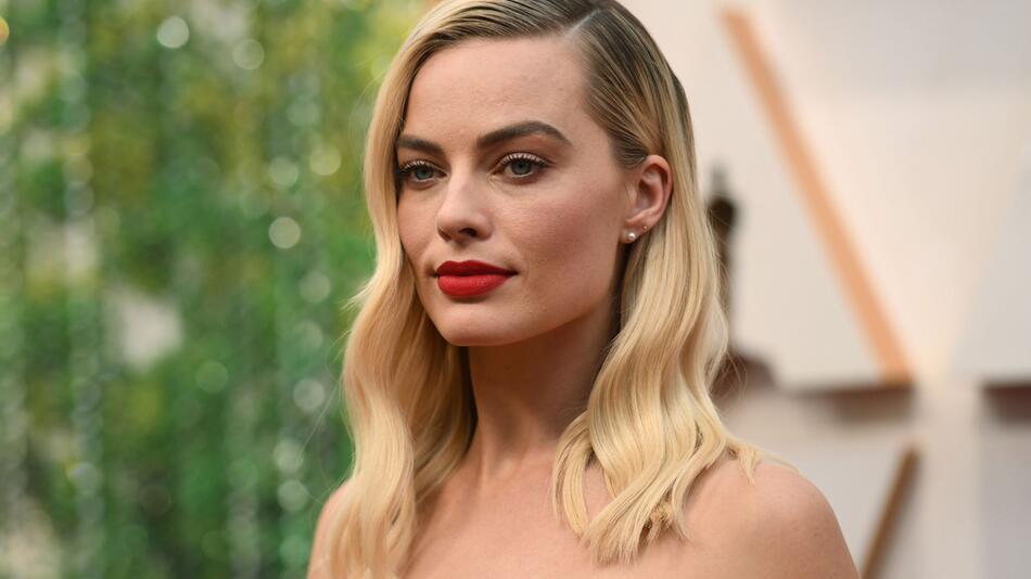 Disney holt Margot Robbie für weiblichen Piraten-Film an Bord