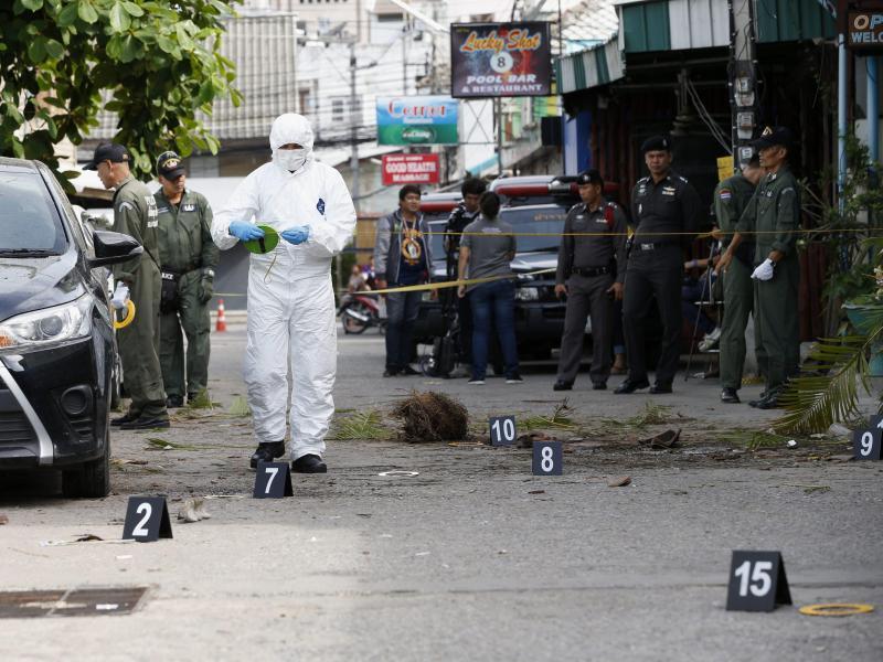 Bild zu Nach dem Bombenanschlag