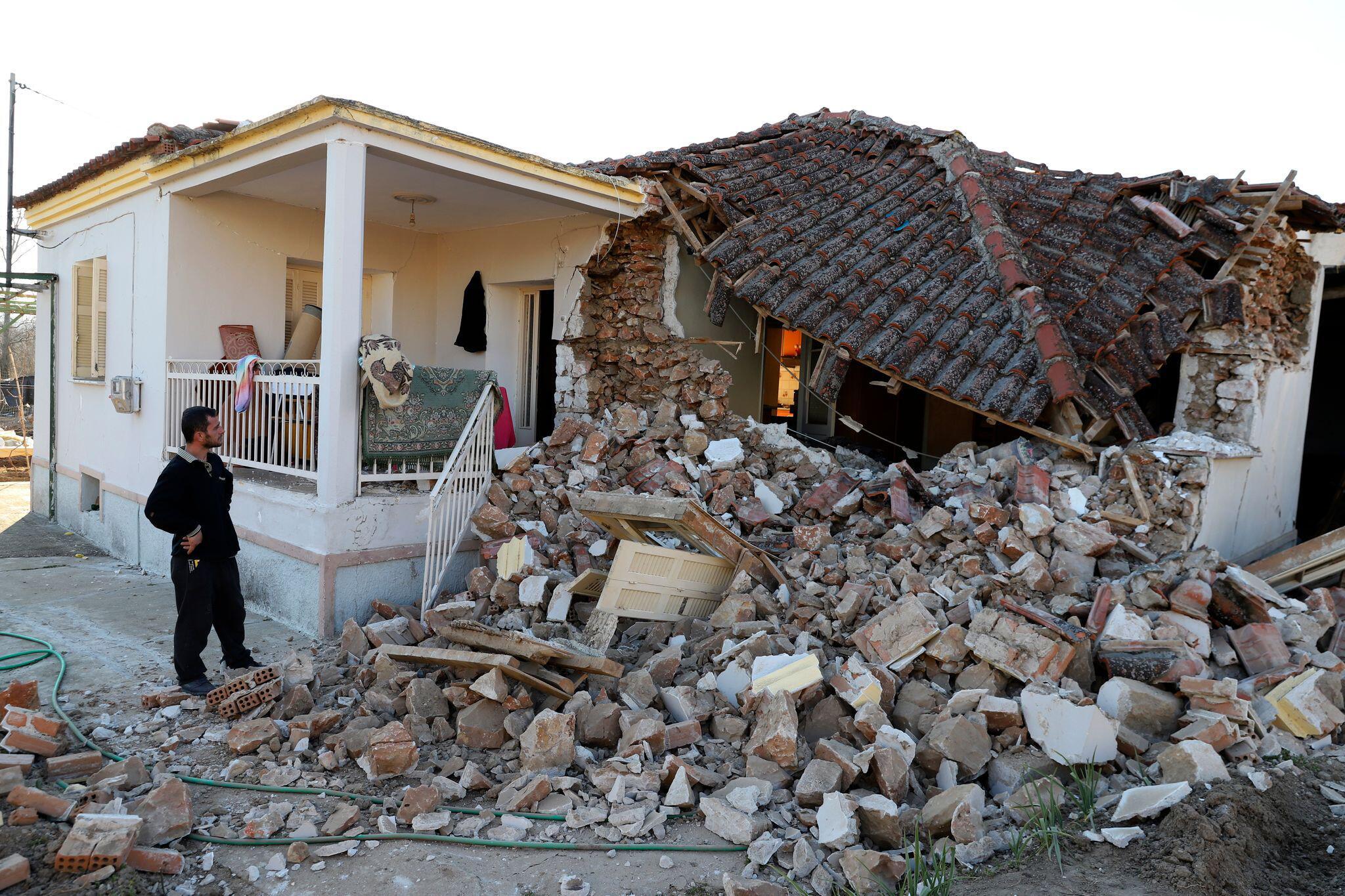 Bild zu Starkes Erdbeben erschüttert Mittel- und Nordgriechenland