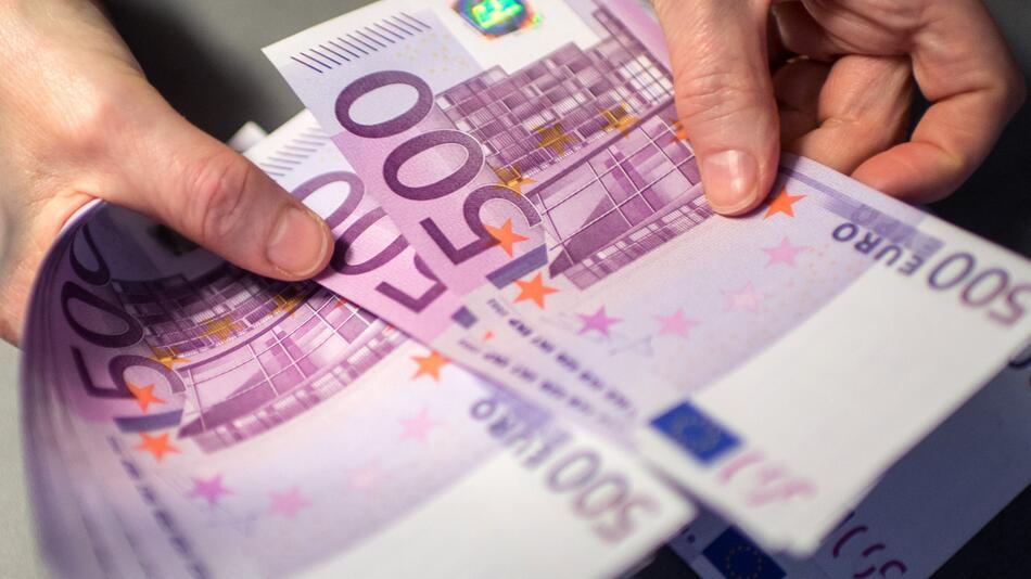 Letzte 500-Euro-Scheine werden ausgegeben