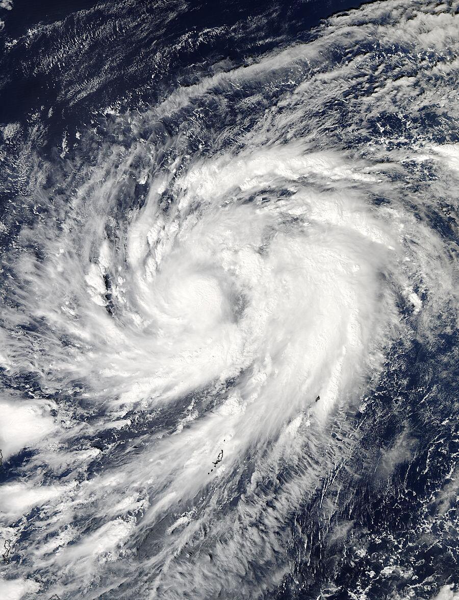 Bild zu Taifun Nuri