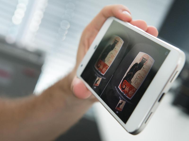 Bild zu VR-fähiges Smartphone