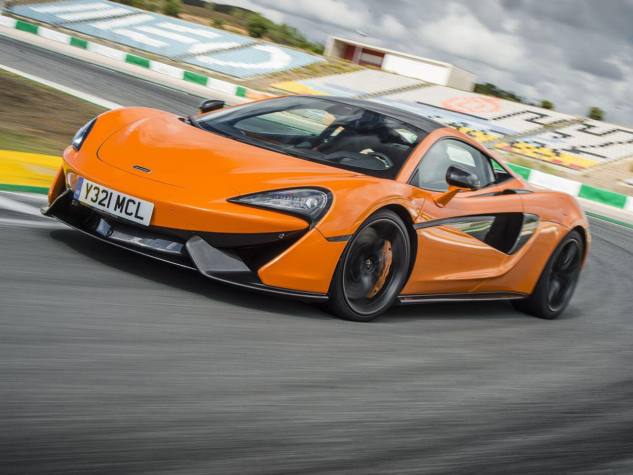 Bild zu Eine Frage der Dynamik: Diese Sportwagen trumpfen mit ihrem Leistungsgewicht auf