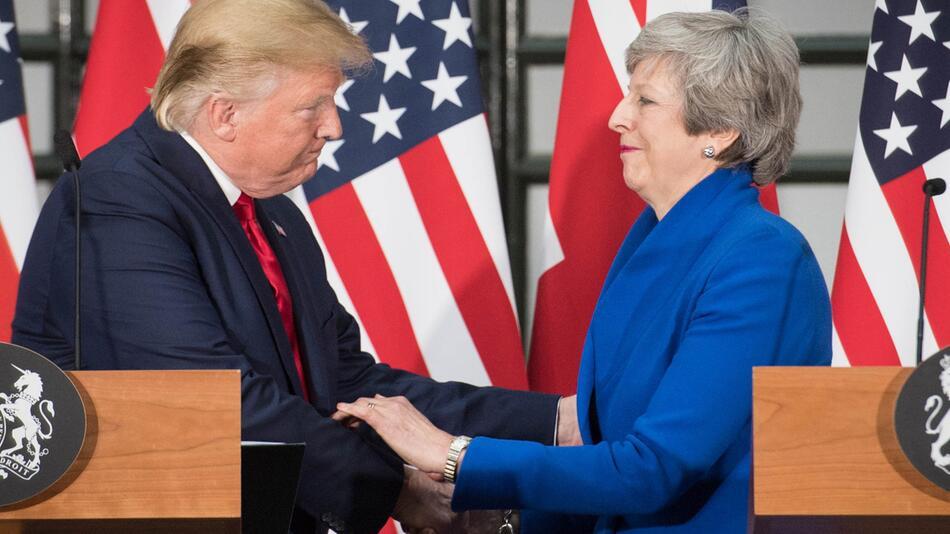 US-Präsident Trump besucht Großbritannien - May